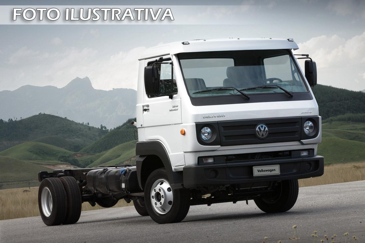 CAMINHÃO VW 8.160 E DELIVERY 2012 COM CARROCERIA