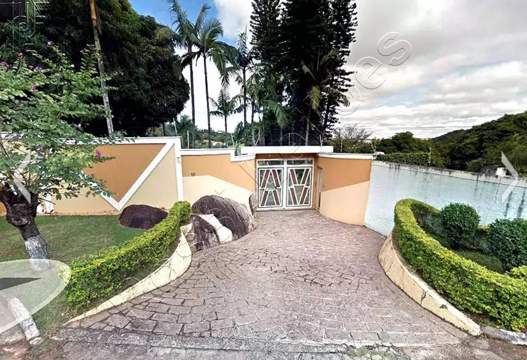 Casa em terreno de 2.700 m² e mSorocaba/ SP