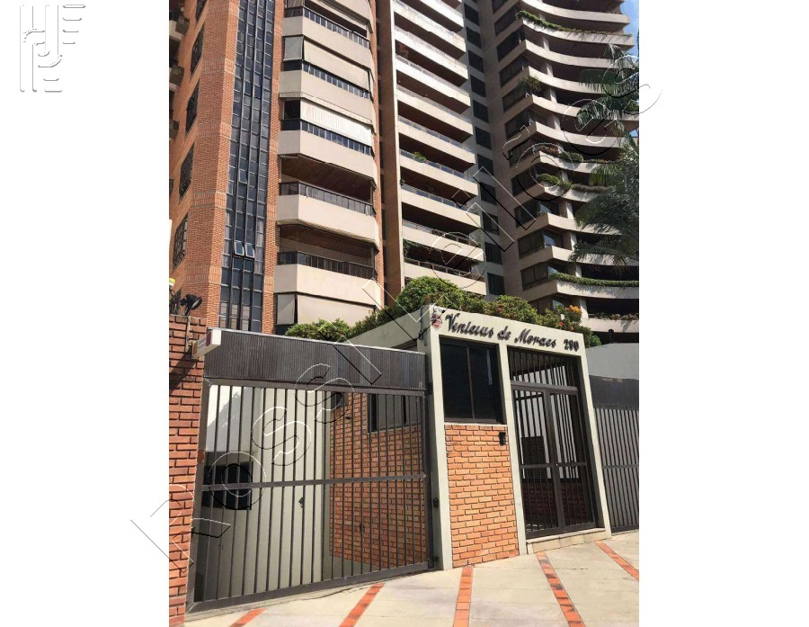 Apartamento com área total de 332,97 m²