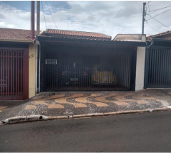 Casa com  área de 125,30 m² em Araras/SP