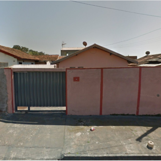 Casa em terreno de 250m²