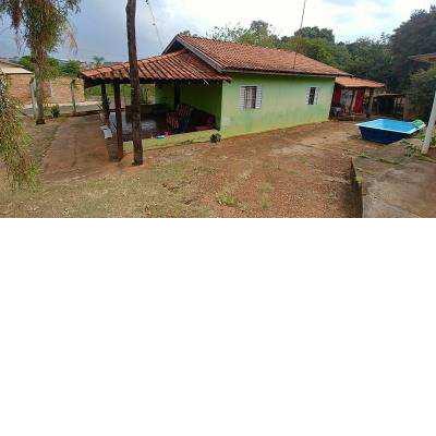 Terreno com 2 CASAS em área de 2.001,64m² em Jaboticabal/SP