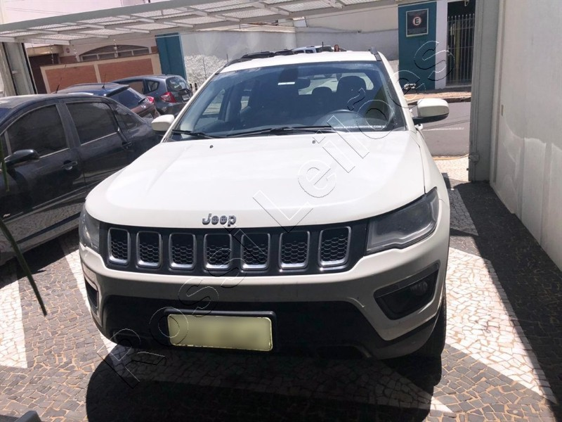 JEEP COMPASS LONGITUDE. DIESEL. ANO 2016/17
